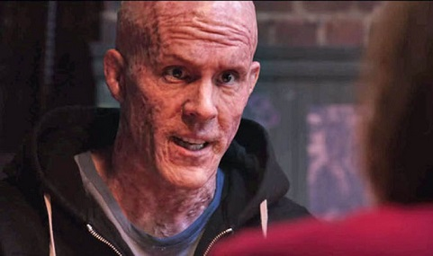 Ryan-Reynolds-with-a-disfigured-face-in-Deadpool-327693