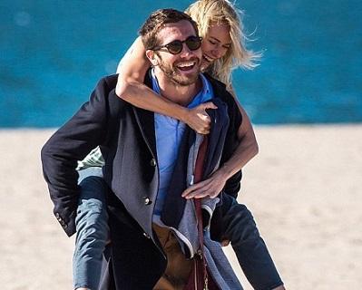Demolition-Jake-Gyllenhaal-Naomi-Watts-2015-Movie-Poster